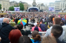 Scenen vid Trafalgar Square.